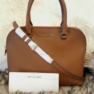 NEW Michael Kors Cindy & Wallet BUNDLE